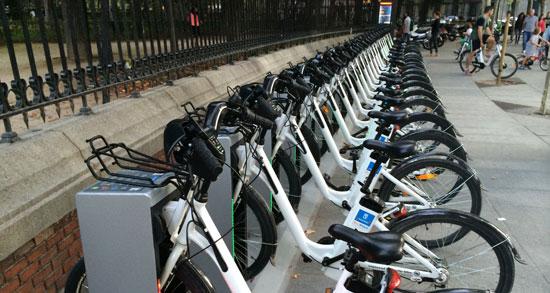 El PSOE propone impulsar un servicio de alquiler de bicis eléctricas en Pozuelo de Alarcón