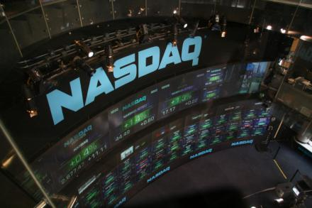 NASDAQ sucumbe a Bitcoin y Ethereum