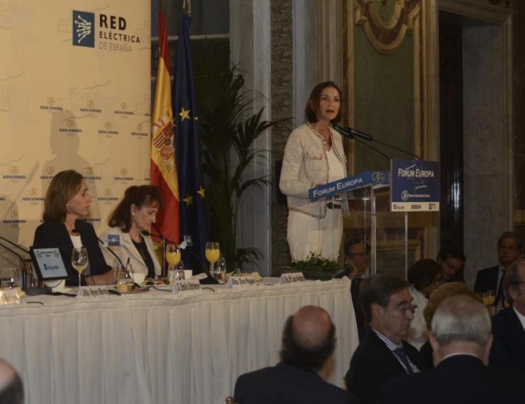 Reyes Maroto defiende una Agenda del Cambio y anuncia una Ley de la Industria