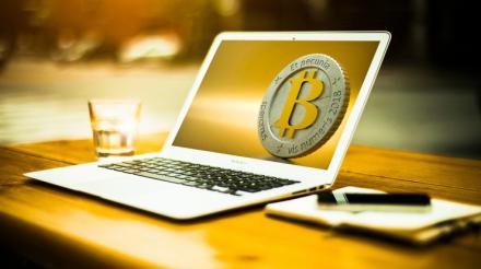 ¿Está Google intentando hacer las paces con bitcoin?