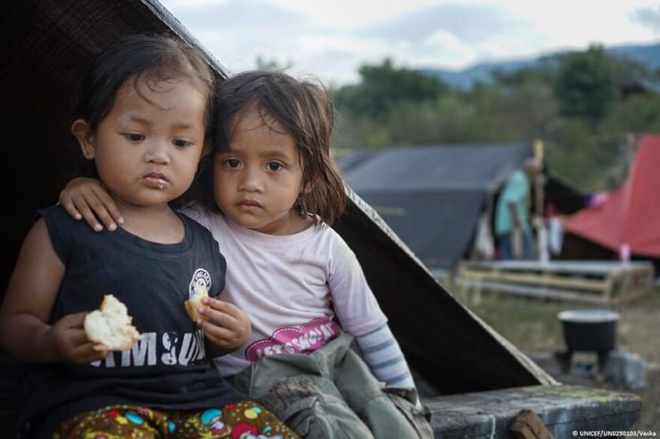 Terremoto y tsunami en Indonesia: un mes después