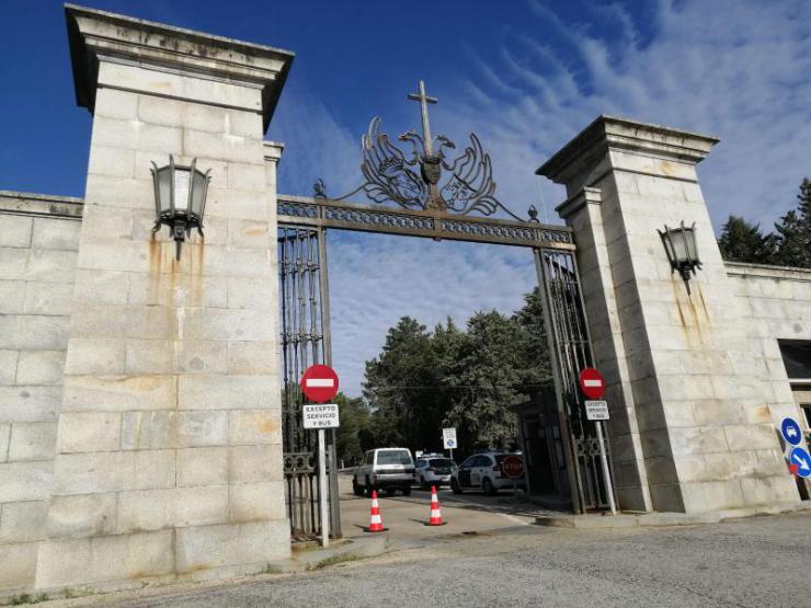 Escasa expectación en el Valle de los Caídos para su reapertura tras la exhumación de Franco