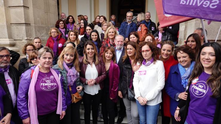 """Susana Díaz: """"La igualdad de las mujeres está amenazada por la regresión que quieren imponer las derechas"""""""