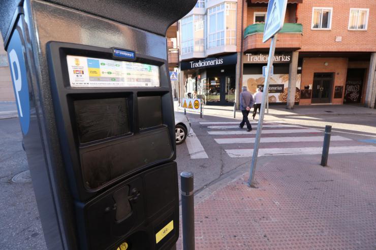 El aparcamiento regulado en Collado Villalba será gratis a partir de las 14:00 horas durante agosto