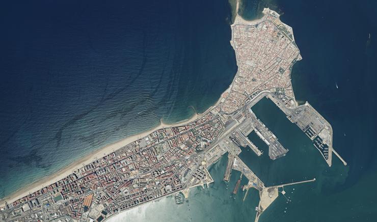 La Consejería de Economía declara como Zona de Gran Afluencia Turística el municipio de Cádiz
