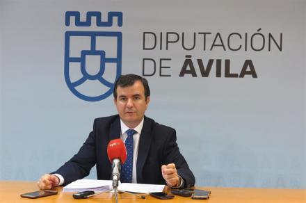 Diputación de Ávila destina medio millón de euros para mejorar la red de carreteras
