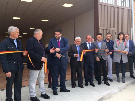 Fuentes de Año inaugura un salón de usos múltiples para acoger las diferentes actividades del municipio