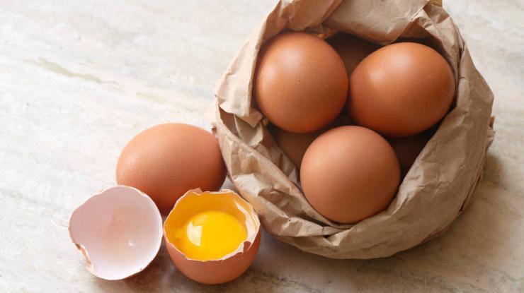 Sanidad insiste en extremar las precauciones con alimentos a base de huevo para evitar salmonelosis