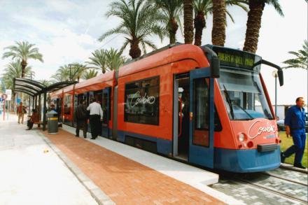 El tranvía de Alicante cumple 20 años