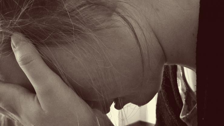 Abusaba de menores haciéndose pasar por agente secreto